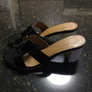 HERMES Oasis H Oran Black Patent Leather Sandal 38